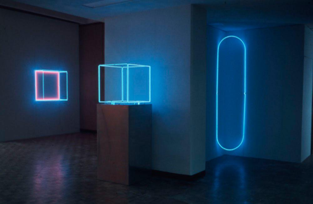 Neon art Stephen Antonakos